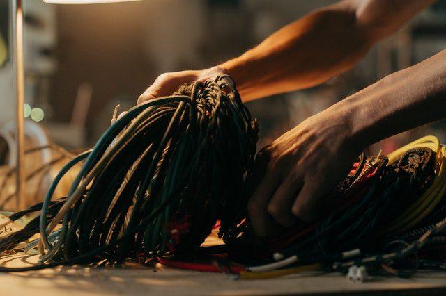 Fiber Optic Cables vs Traditional Networks